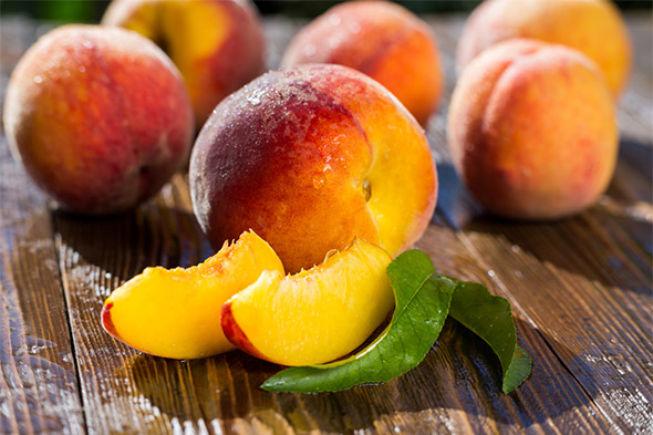 Peaches and Nectarines: The Pinnacle of Summer Fruit